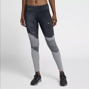 NEW Women's Nike Epic Lx2.O Printed Running Tights